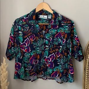 Vintage Tropical Print Cropped Button Up Medium